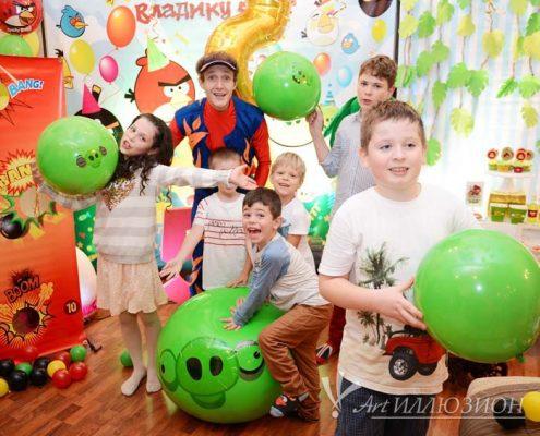 Детский День Рождения в стиле Тачки Angry Birds