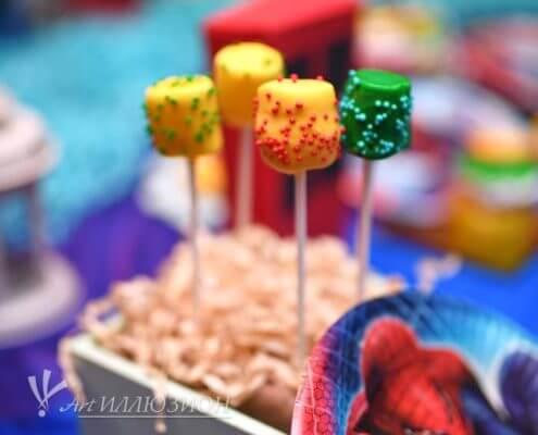 Candy Bar на детский праздник в стиле Супергерои