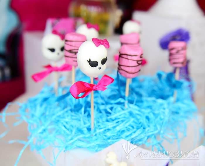 Фотозоны и Декор Monster High